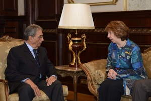 L: Amr Moussa, head of Egypt's constitutional committee; R: Catherine Ashton, EU representative for foreign affairs