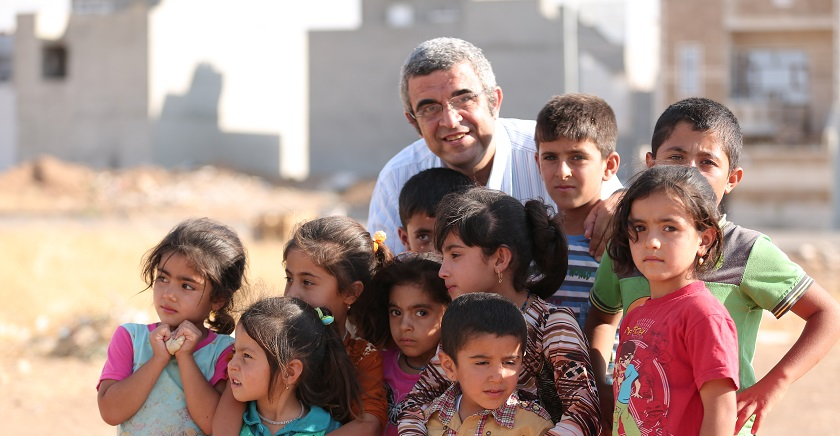 Ehab el-Kharrat visiting refugee children in Erbil, Iraq (credit: SAT-7)