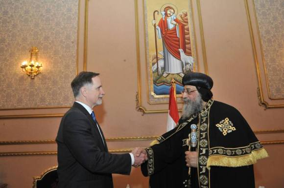 Later that evening Pope Tawadros received the condolences of the US ambassador, R. Stephen Beecroft.
