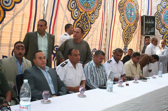 A customary reconciliation session in Ismailia, from Misr el-Balad