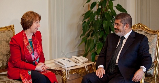 Catherine Ashton meets with President Morsi © EU