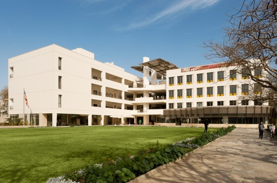 Cairo American College (from www.perkinseastman.com)