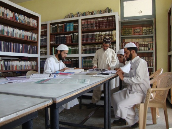 Salafis Studying